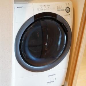 SHARPのドラム式洗濯乾燥機